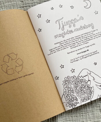 Coloring book set with Tjugga recycled paper